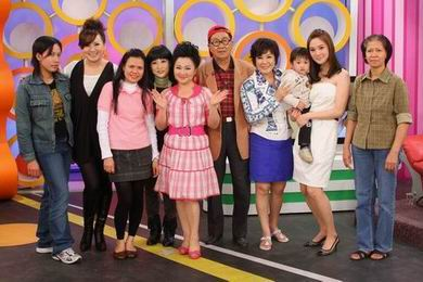 李王罗心疼老婆熊家捷,家里也特别请了菲律宾籍佣人帮忙带小孩,录